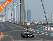 Boğaz'da <br>Formula 1 şov
