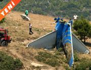 Rum uçağı Atina'da düştü: 121 ölü