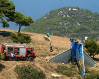 Rum yolcu uçağı Atina'da düştü: 121 ölü