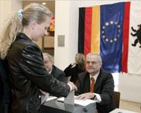 Alman halkı liderini seçiyor
