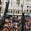 El Fetih militanları meclisi kuşattı