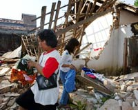 Endonezya'da 6,2'lik deprem: 3 bin ölü