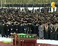 Türkmenbaşı uğurlandı
