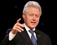 Clinton konuşarak servet yaptı